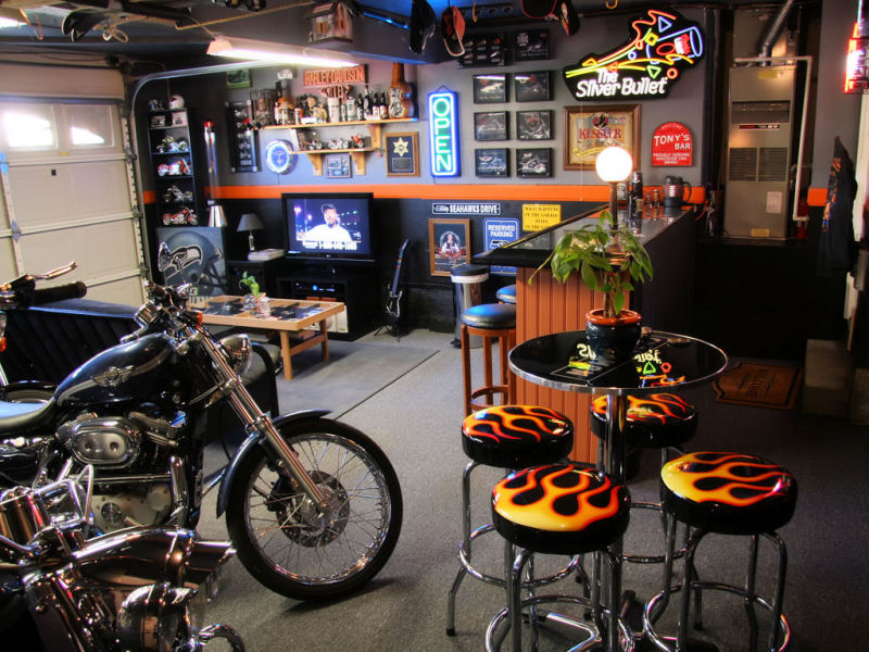 Making A Small Man Cave : How to transform a garage into man cave effortlessly