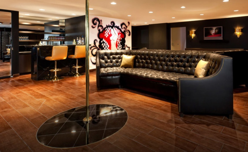 garage hangout ideas - 17 Killer Man Cave Ideas